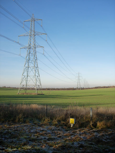 Energy_infrastructure_-_geograph.org.uk_-_1080396