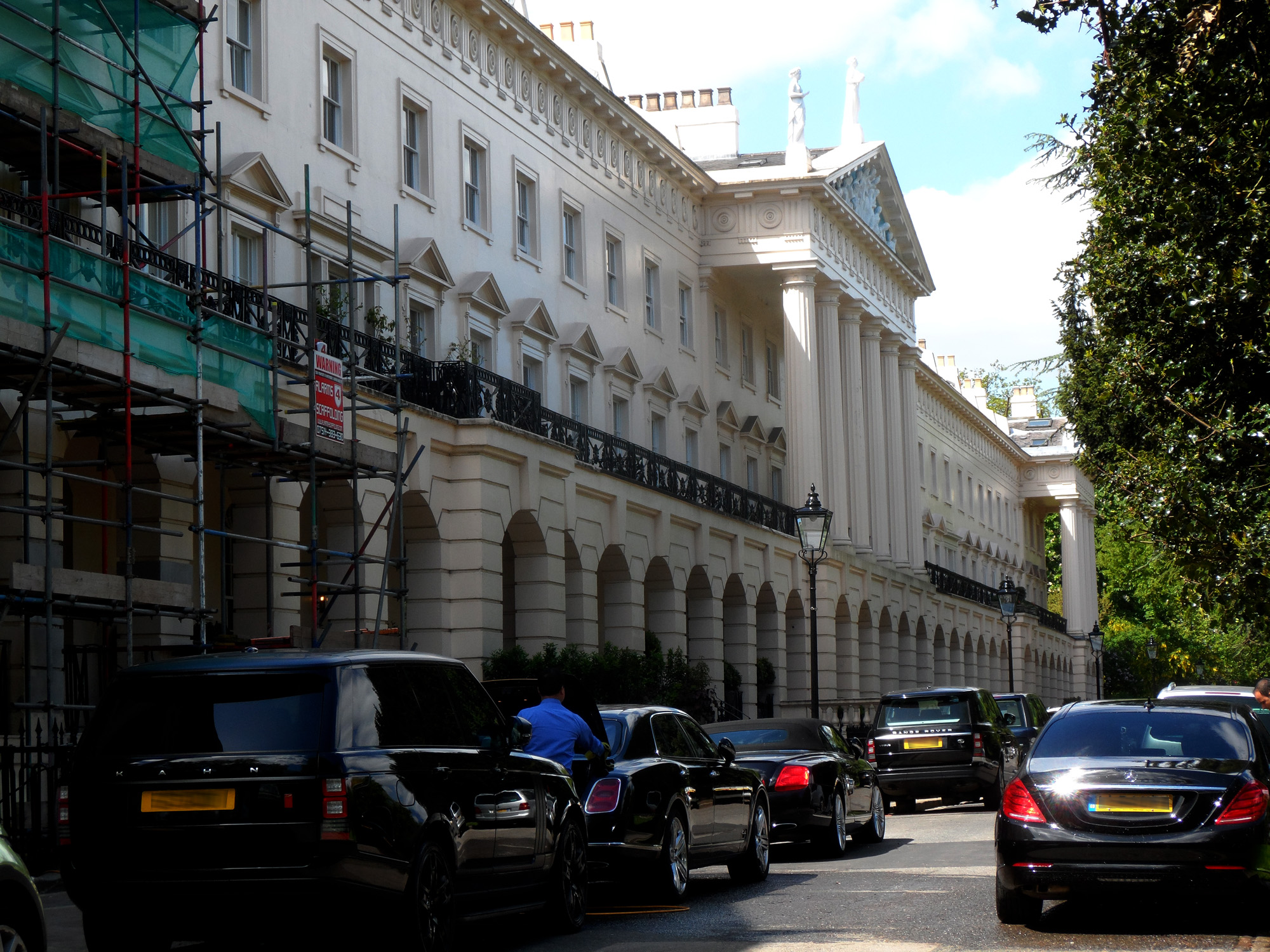 ANTHONY_SALVIN_-_11_Hanover_Terrace_Regent's_Park_London_NW1_4RJ_est (1)