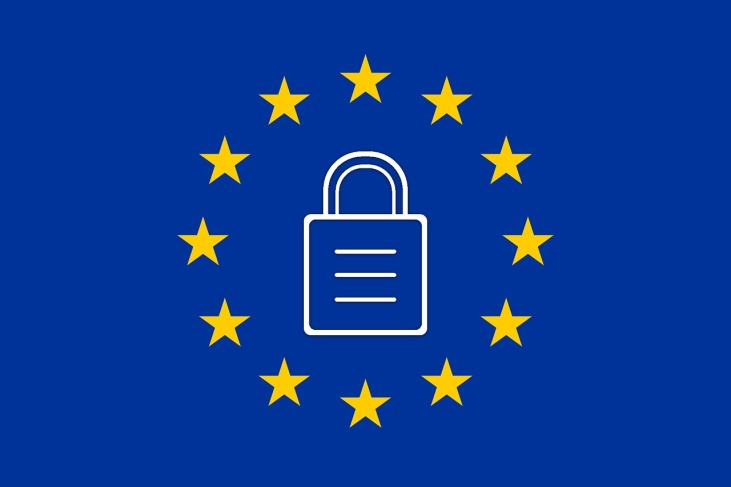 European Union flag with a padlock in the centre.